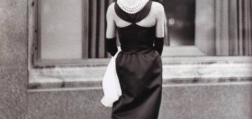 Черно-белая Холли Голайтли