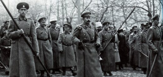 Белая гвардия на построении, черно-белая фотография
