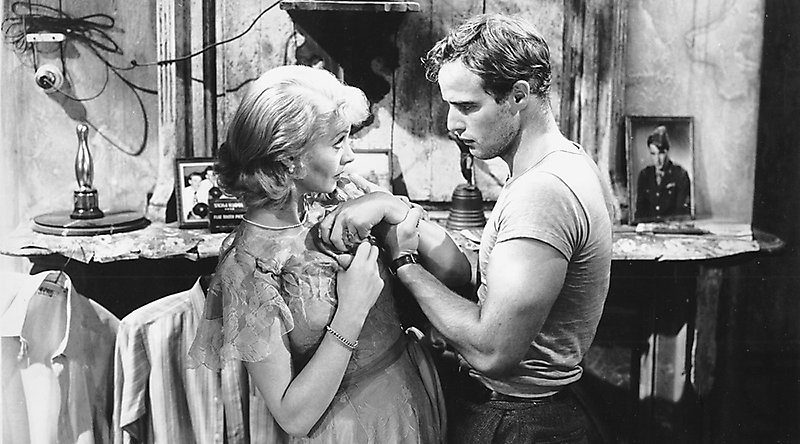 honor in the play a streetcar named desire by tennessee williams and the novel the scarlet letter by