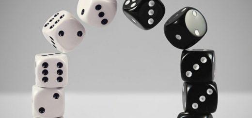 Игральные кубики, черно-белая картинка