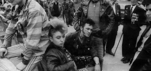 Битники, мода 60-х, черно-белая картинка