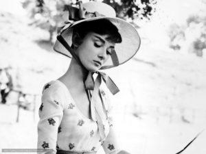 Наташа Ростова, черно-белое фото