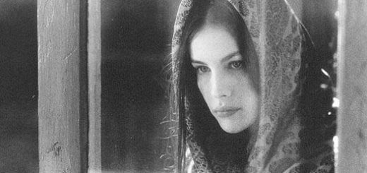 Татьяна Ларина, черно-белое фото