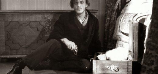 Раскольников, черно-белая картинка