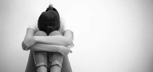 плачущая девушка, тоска, горе