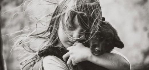 доброта, девочка с собакой, друг человека